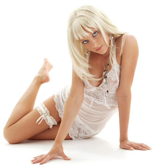 блондинка в белом видео