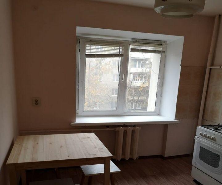 Сдам 3-к квартиру в хорошем доме с чистым подъездом.