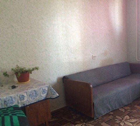 Сдается комната, в квартире есть все необходимое.